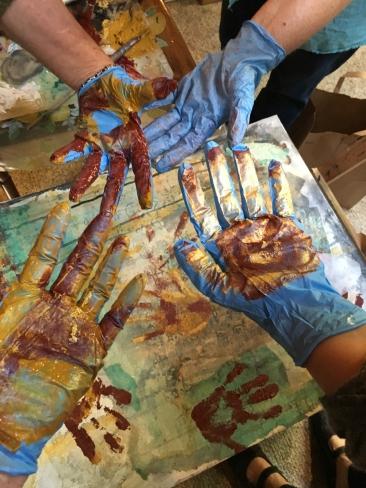 Hands n Paint